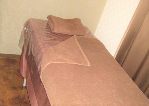 施術室 ベッドの画像